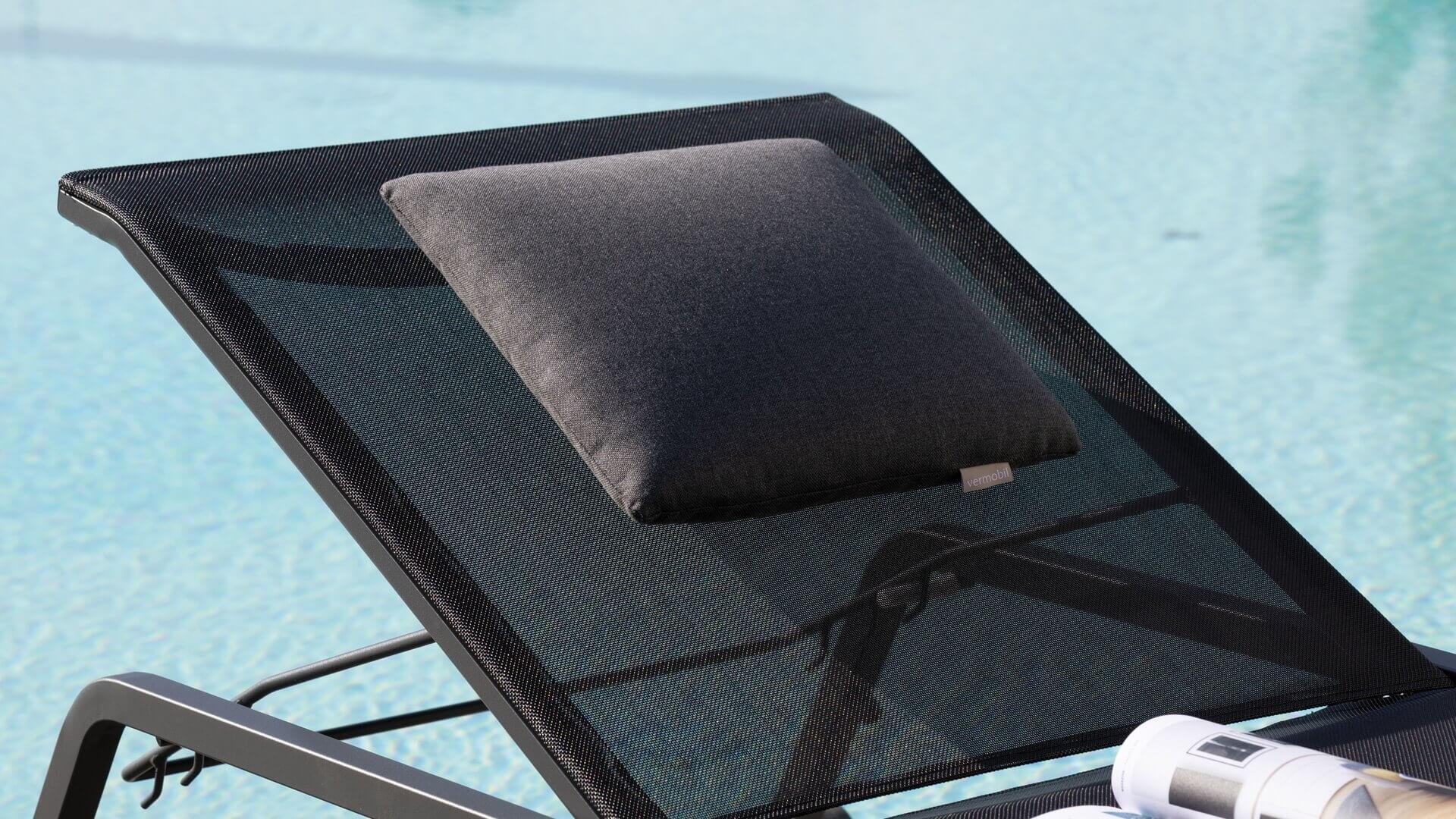 Relax a bordo piscina - Ischia (lettini da piscina)